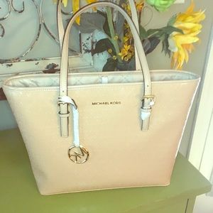 Michael Kors oyster carryall tote NWT MK